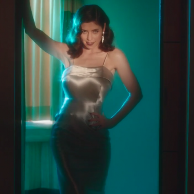 Marina and the Diamonds – 'FROOT' Music Video