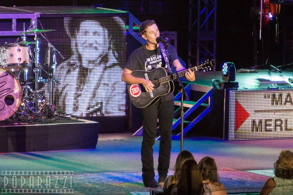 Scotty McCreery performs in Cumberland, MD (July 21, 2015)